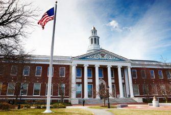 Đại học Mỹ tuyển sinh như thế nào