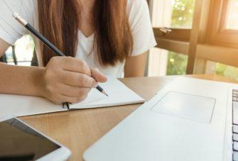 Kỹ thuật làm bài IELTS writing task 2 dạng bài đưa ra ý kiến