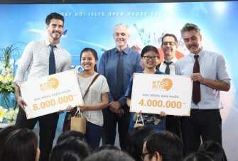 Bốc thăm may mắn tại sự kiện KTDC IELTS Open House 2017